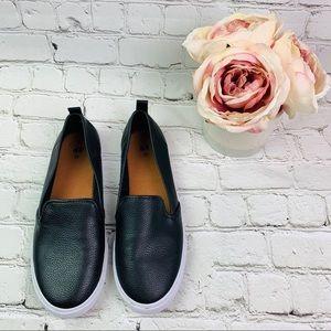 BOGO H&M slip on sneakers black SIZE 7 LIKE NEW
